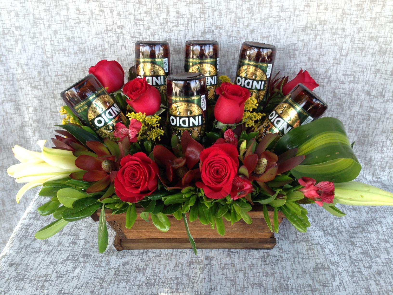 Arreglo Para Hombre Rosas Y Six Indio H 12