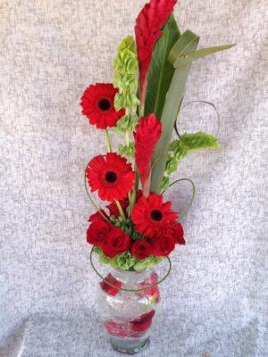 bonito florero de rosas y ginger